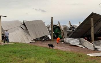 Defesa Civil do estado gaúcho registrou danos em cidades da metade oeste do estado, como Nova Ramada, São Vicente do Sul e Santiago