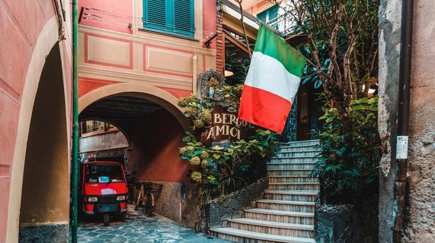 Itália é o país com mais casos registrados de COVID-19 depois dos Estados Unidos