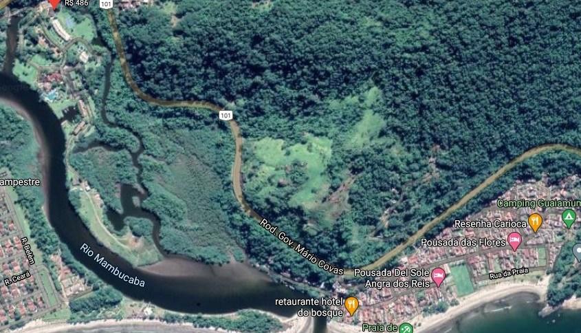 Helicóptero caiu perto do Hotel do Bosque, em Angra dos Reis