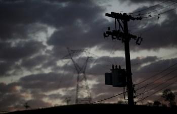 A Eneva fez em 1° de março uma oferta hostil para fusão com a AES Tietê, em negócio que envolveria pagamento de R$ 2,75 bilhões