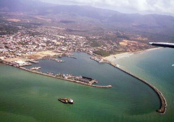 Vista aérea da cidade Güiria, no estado de Sucre, na Venezuela