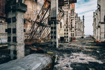 Além dos mais de 30 trabalhadores que morreram durante a explosão, pelo menos outras 4 mil pessoas enfrentaram problemas de saúde após serem expostas à radiação