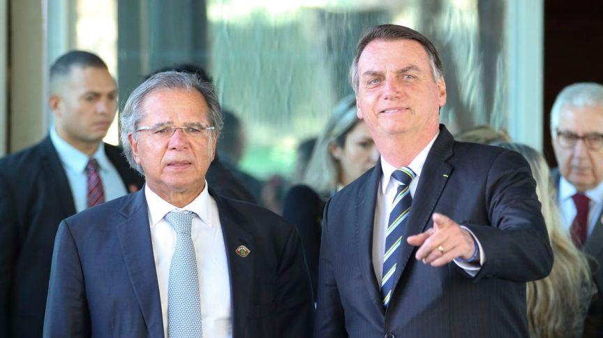 O presidente da República, Jair Bolsonaro, e o ministro da Economia, Paulo Guedes (6.mai.2019)