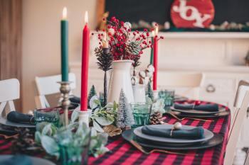 A recomendação geral é ficar em casa e celebrar a data apenas com as pessoas que moram juntas