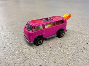 Protótipo da 'Beach Bomb', uma van da Volkswagen parecida com a Kombi, é considerado o 'Santo Graal' das coleções de carrinhos produzidos pela Mattel