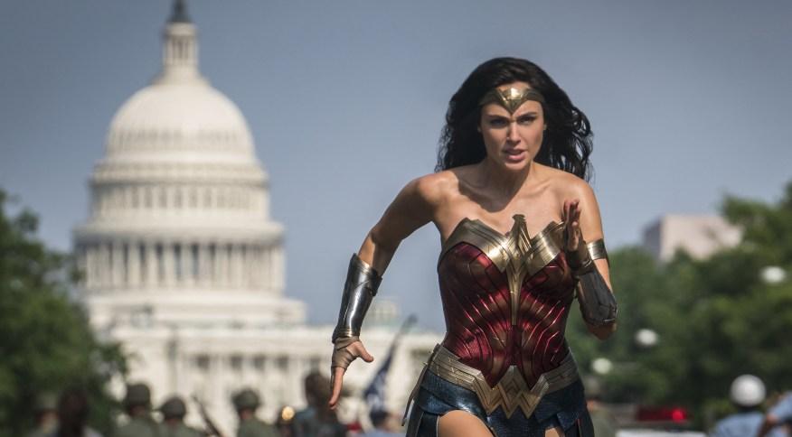 Wonder Woman: Cena de 'Mulher Maravilha 1984', em estreia no streaming e nos cinemas neste Natal