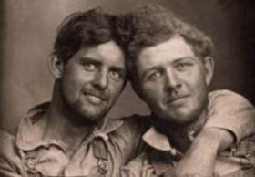 Casal publica parte de coleção de mais de 3 mil fotos, dos séculos XIX e XX, em obra lançada nos Estados Unidos