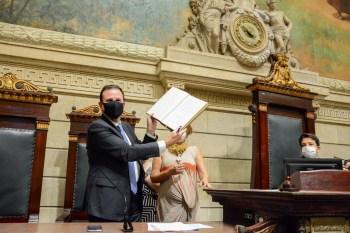 Nilton Caldeira foi empossado como vice-prefeito