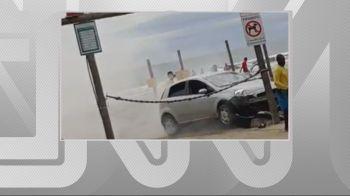 Turista invadiu a Praia do Guaraú, em Peruíbe, na Baixada Santista, com o carro e tentou atropelar um banhista