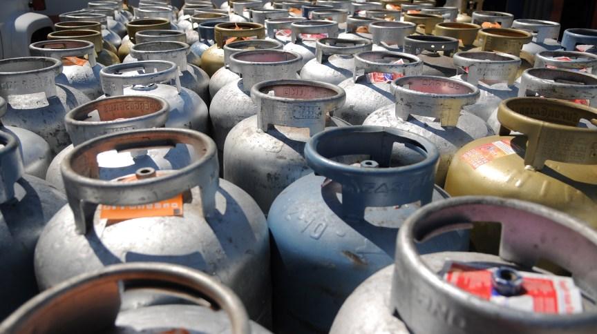 Botijõe de gás: secretário Carlos da Costa acredita que o preço do botijão irá cair R$ 23 com o marco
