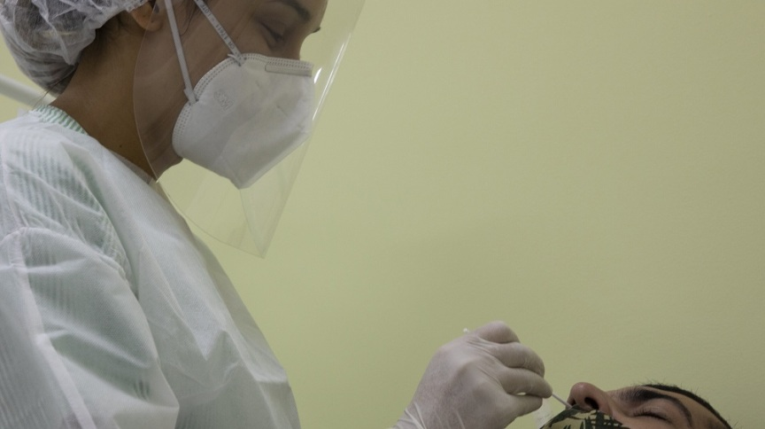Exame para identificar o coronavírus