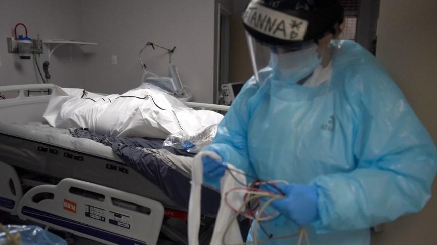 EUA registrara mais de 2,6 mil mortes por dia, em média, na semana do Ano-Novo