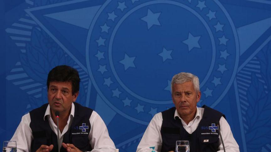 O ministro da Saúde, Luiz Henrique Mandetta, e o secretário-executivo do Ministério da Saúde, João Gabbardo