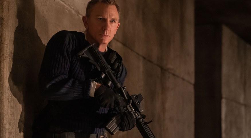 Daniel Craig vive sua última aventura como James Bond