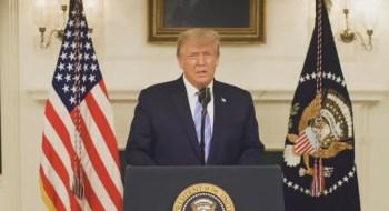 Presidente fala em momento de 'cura' e acena a apoiadores, dizendo que 'jornada apenas está começando'