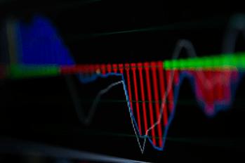 A receita líquida caiu 22,4%, para R$ 1,262 bilhão de janeiro a fevereiro