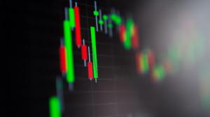 Maioria das Bolsas da Europa fecha em alta com dados e Evergrande