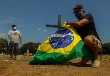 De acordo com o levantamento da Agência CNN, o Brasil já soma 600.067 vítimas na pandemia