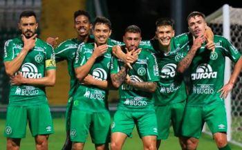 Com, respectivamente, 67 e 66 pontos, América-MG e Chapecoense já garantiram matematicamente as vagas na primeira divisão de 2021