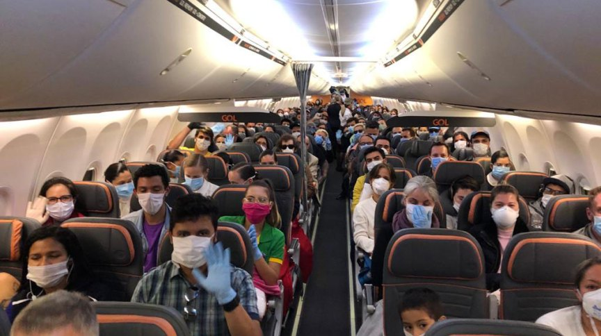 Voo de repatriação de brasileiros retidos no Equador (30.mar.2020)