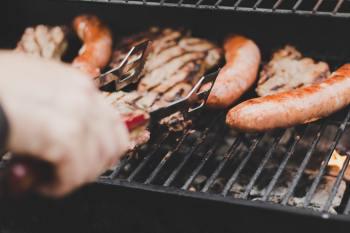 Churrasco é o queridinho da gastronomia contemporânea, apesar da queda do poder aquisitivo do brasileiro e do aumento do preço da carne bovina