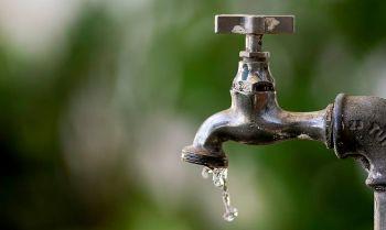 Medida prevê economia de água perdida em vazamentos não detectados