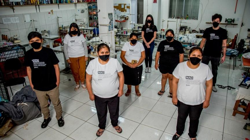 Costureiras da Fashion Masks: salários das costureiras é de, pelo menos, R$ 2,5 mil