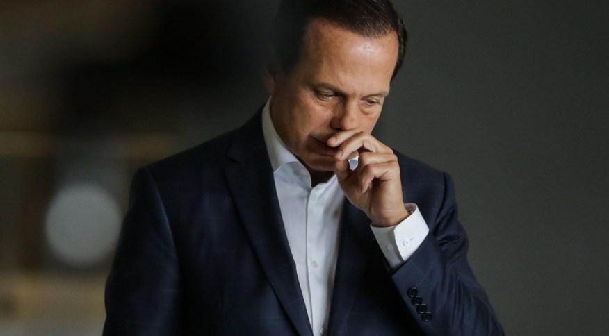 Uma queixa-crime por difamação foi registrada na polícia pelo governador contra a empresária