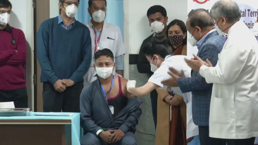 Vacinação contra Covid-19 na Índia (23.jan.2021)
