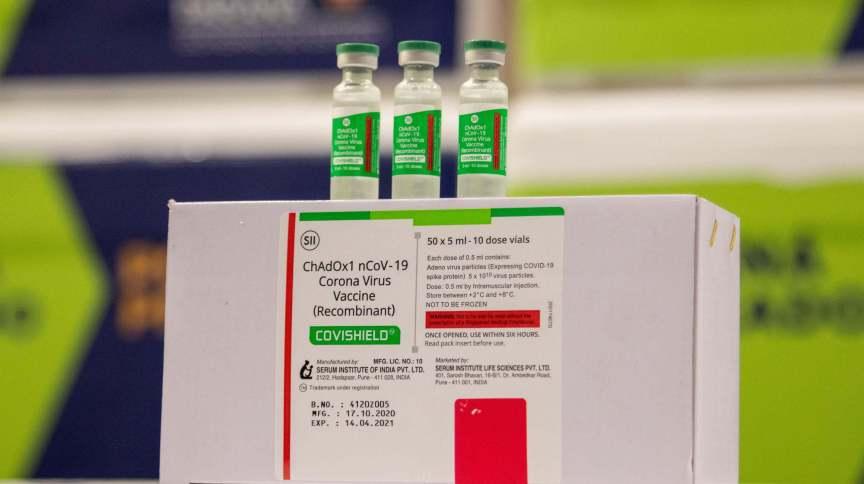 Doses de vacina Oxford/AstraZeneca, desenvolvida em parceria com a Fundação Oswaldo Cruz (Fiocruz)