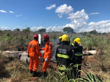 O local foi deixado pelo Corpo de Bombeiros após o fogo ser controlado e está passando por perícia para saber as causas do acidente com time de futebol