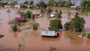 Ciclone tropical começou no centro de Moçambique no sábado (23), mas perdeu força e foi classificado posteriormente como uma tempestade
