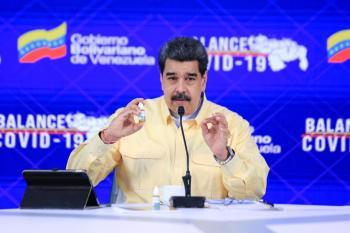 Maduro foi vacinado junto com sua esposa, deputada Cilia Flores, e afirmou que garantirá todas as vacinas ao povo venezuelano