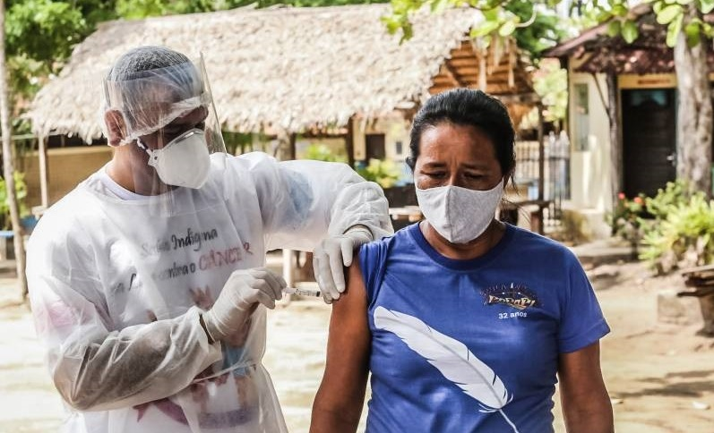 Aplicação de vacina nas comunidades indígenas de Santarém, Óbidos e Belterra