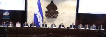 Legisladores em Honduras mudaram a constituição do país para tornar virtualmente impossível a legalização do aborto no futuro