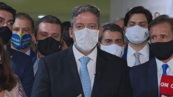 Novo presidente da Câmara criticou o antecessor Rodrigo Maia e defendeu decisão de anular bloco do adversário Baleia Rossi (MDB-SP)