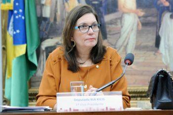 Deputada bolsonarista recebeu 41 votos e vai presidir uma das comissões mais importantes da Casa