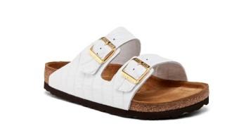 Um coletivo de arte dos Estados Unidos rasgou quatro bolsas Hermès Birkin para criar o que pode ser a sandália mais cara do mundo