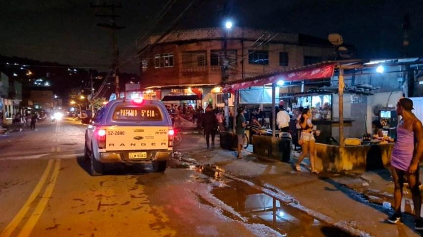 Polícia foi acionada para acabar com festa clandestina de Carnaval em Nova Iguaçu (RJ)