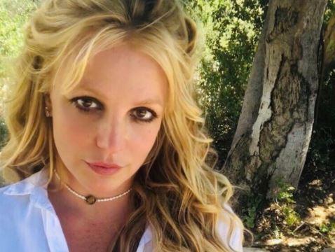 Britney Spears diz que não chegou a assistir o documentário na íntegra