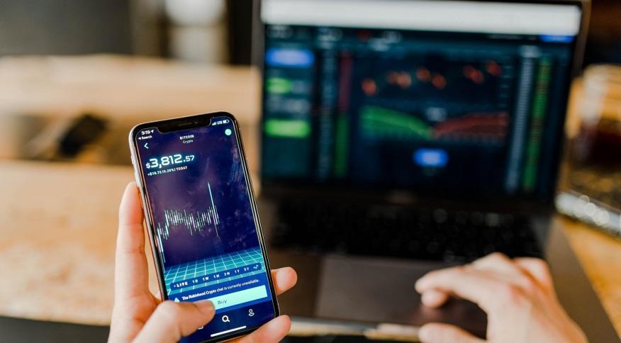 Operação no mercado financeiro: expansão do mercado financeiro causa o aumento das alternativas para o investidor de varejo