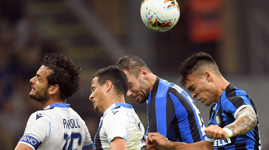 Cena de partida entre Milan e Lazio, pela Série A do Campeonato Italiano