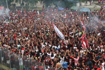 São Paulo garantiu vaga na fase de grupos da Libertadores com vitória que quase azedou conquista rubro-negra
