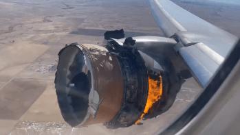 Motor de avião explodiu durante voo da United Airlines no final de semana, despejando destroços sobre a cidade de Denver, nos EUA