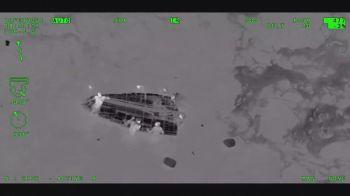O acidente aconteceu perto da costa do estado da Flórida após o barco ficar 16 dias no mar. A embarcação levava duas mulheres grávidas
