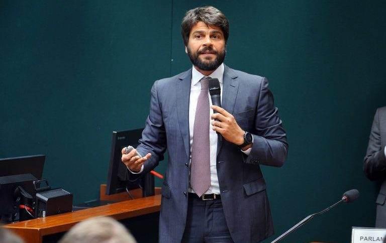 O deputado Pedro Paulo (DEM-RJ), relator do projeto de socorro financeiro aos estados