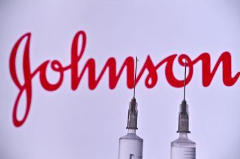 CDC recebeu relatos de 28 pessoas que desenvolveram síndrome de coagulação sanguínea rara nos Estados Unidos após receberem imunizante da Johnson & Johnson