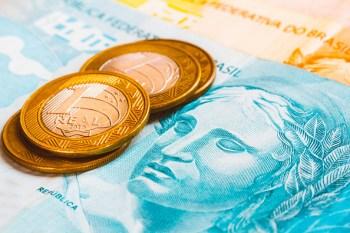 Governo procura uma saída que permita liberar o dinheiro que não estava inicialmente previsto para ser gasto
