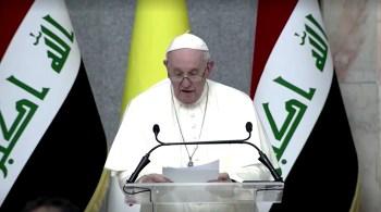 Em seu discurso no palácio, Francisco criticou interesses estrangeiros e de facções que desestabilizaram o Iraque e atingiram cidadãos comuns