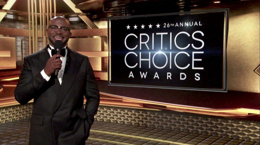 O ator Taye Diggs apresentou pelo 3º ano seguido o Critics Choice Awards, premiação vista como 'termômetro' do Oscar